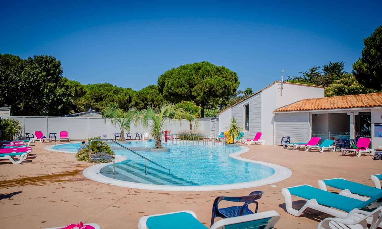 camping La Couarde sur Mer avec piscine