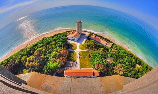 Saint Clément des Baleines Lighthouse