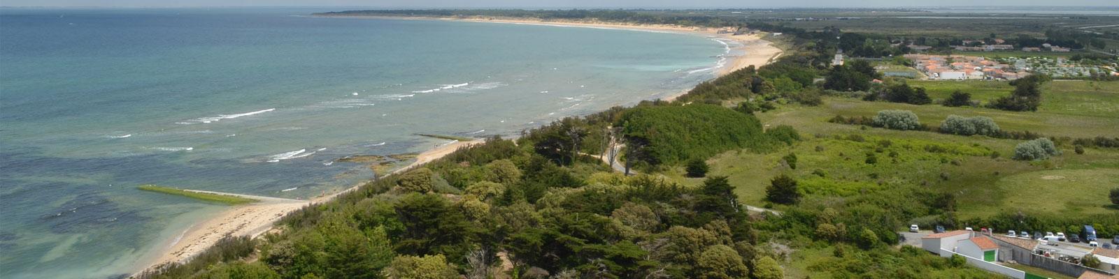 depuis le haut phare baleines camping île Ré