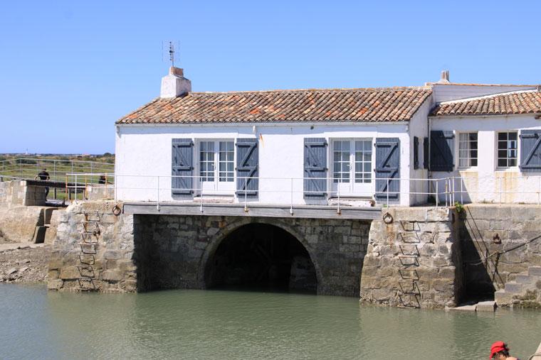 le moulin à marée près camping île Ré