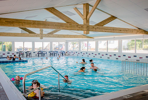 indoor swimming pool camping Varennes